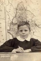 Padre Livio Fanzaga in quarta elementare.