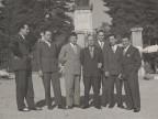 Ernesto Marelli in gita con i colleghi della scuola tecnica aziendale.