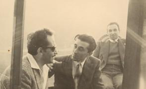 Ernesto Marelli in gita in barca con i colleghi della scuola tecnica aziendale.