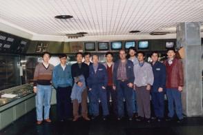 Fabrizio Cologni con i colleghi di reparto e i tirocinanti cinesi.