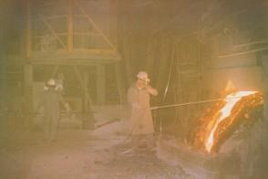 Prove di temperatura prima della colata d'acciaio.