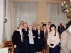 Foto di gruppo tra colleghi.