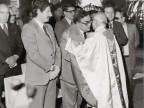 Gisberto Ianni durante una cerimonia religiosa in azienda.