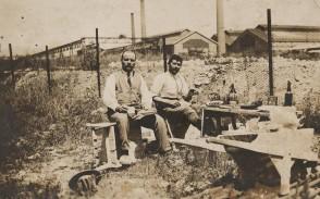 Lavoratori di una ditta esterna in pausa pranzo.