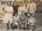 Giuseppe Merli in una foto di gruppo.