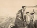Giuseppe Merli in barca con i colleghi.