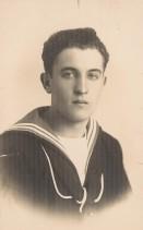 Carlo Rosti in divisa da marinaio.