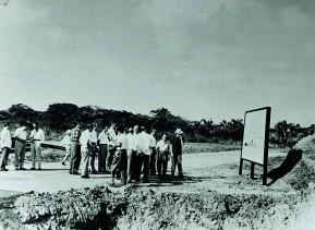 Cantiere per la costruzione dello stabilimento.