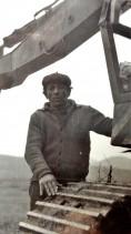 Attrezzatura di scavo ed il suo operatore. Anni '80