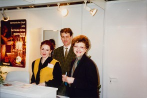 Team di marketing alla fiera Tube & Wire, Dusseldorf, Germany. Anni '90
