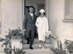 Walter Breviario all'uscita della casa del Pozzo dell'Acquedotto di Dalmine. 1959