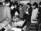 Studenti della scuola ITC di Piombino in visita. 1962