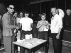 Premiazione vincitori della gara di bocce per ragazzi. Anni '70