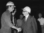 Il ministro del bilancio Giovanni Pieraccini in visita. 1967