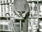 Dipendente al lavoro. Anni '60